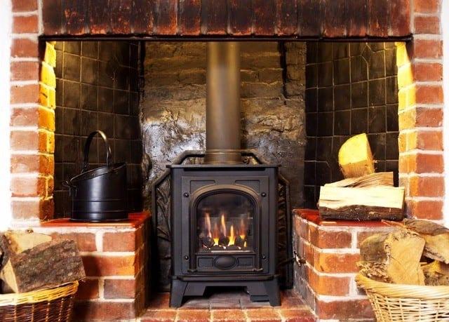 Cottage Lodge Snug Bar fireplace